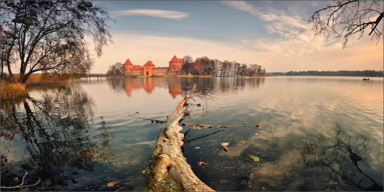 Тракай замок на озере